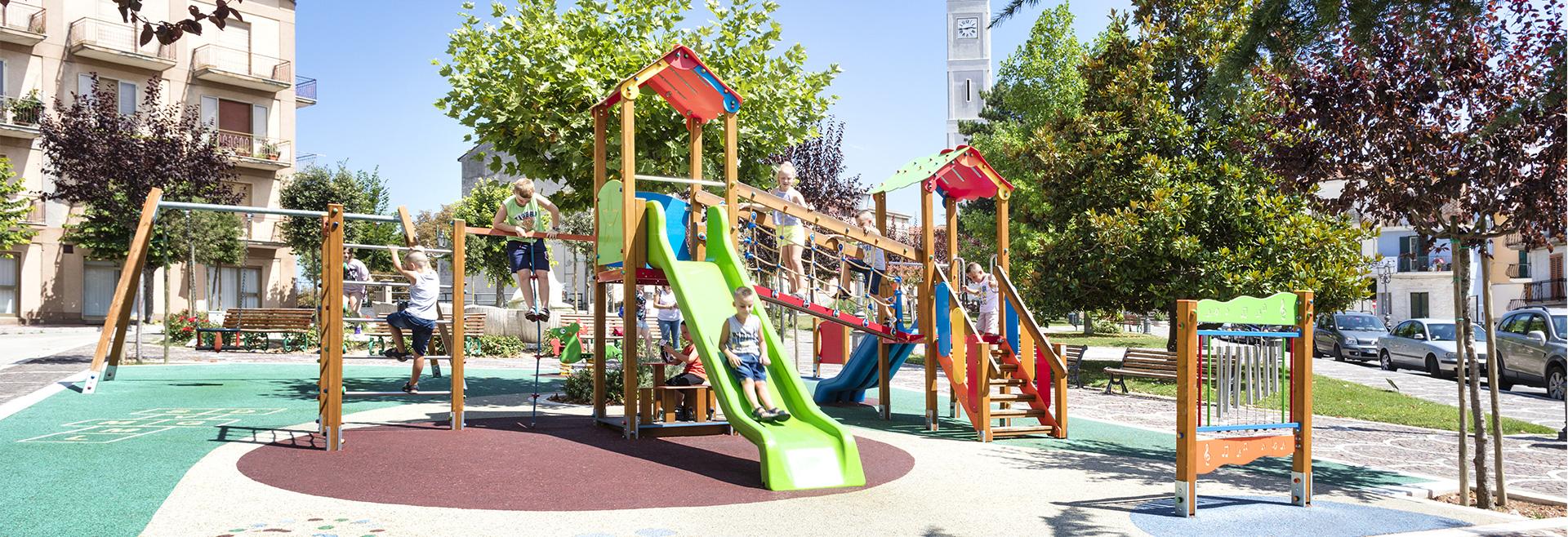 Arredi Urbani In Plastica Riciclata.Fornitura Arredi Urbani Giochi Per Parchi Posa In Opera Arredi